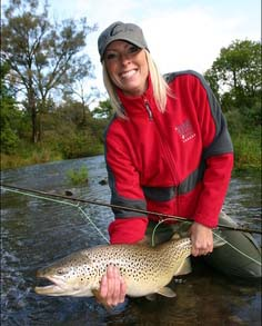 Fly Fishing Michigan - Girls fly fish Too - Guided Fly Fishing in Michigan - Michigan Steelhead Fly Fishing